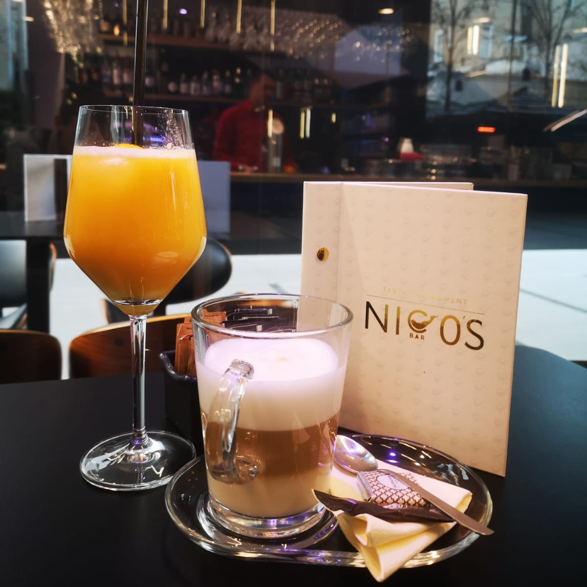 Nico's Bar